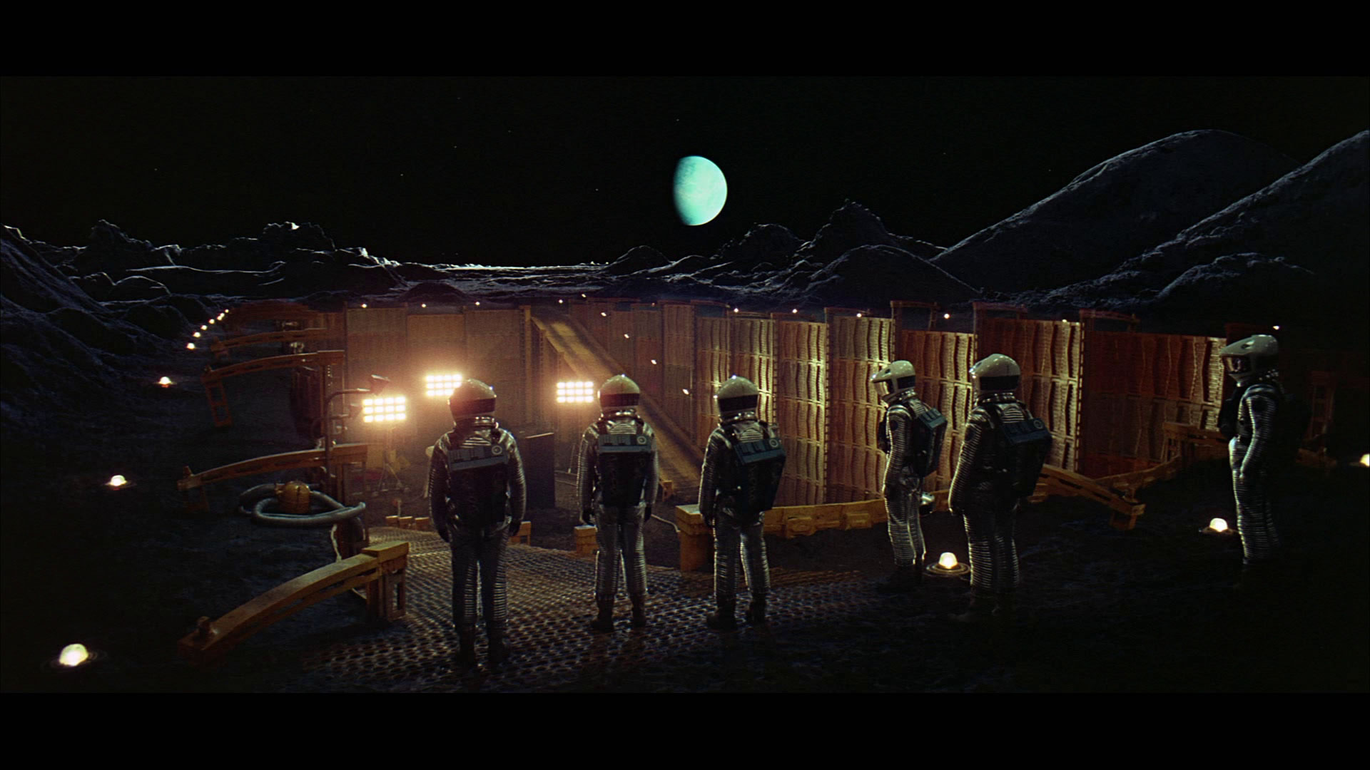 The United States of the Solar System, A.D. 2133 (Book Eight) - Page 4 2001-a-space-odyssey-screenshot-1920x1080-9